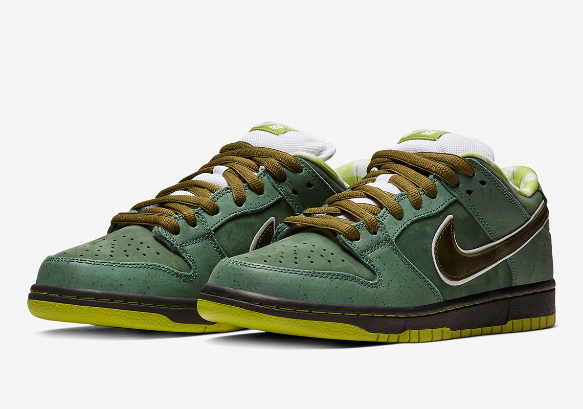 "a8c750a730698 Concepts Reveals The Nike SB Dunk ""Green Lobster"" Through SNKRS Cam"