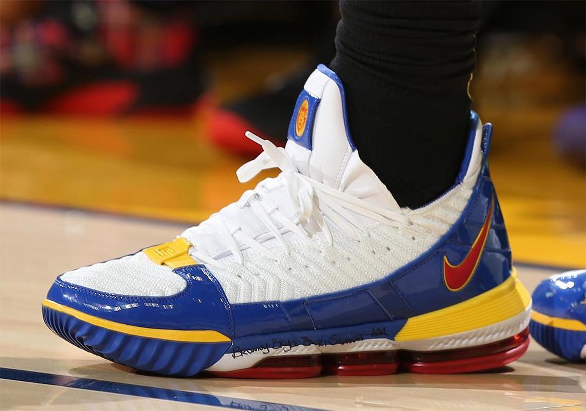 NBA Christmas Sneakers 2018