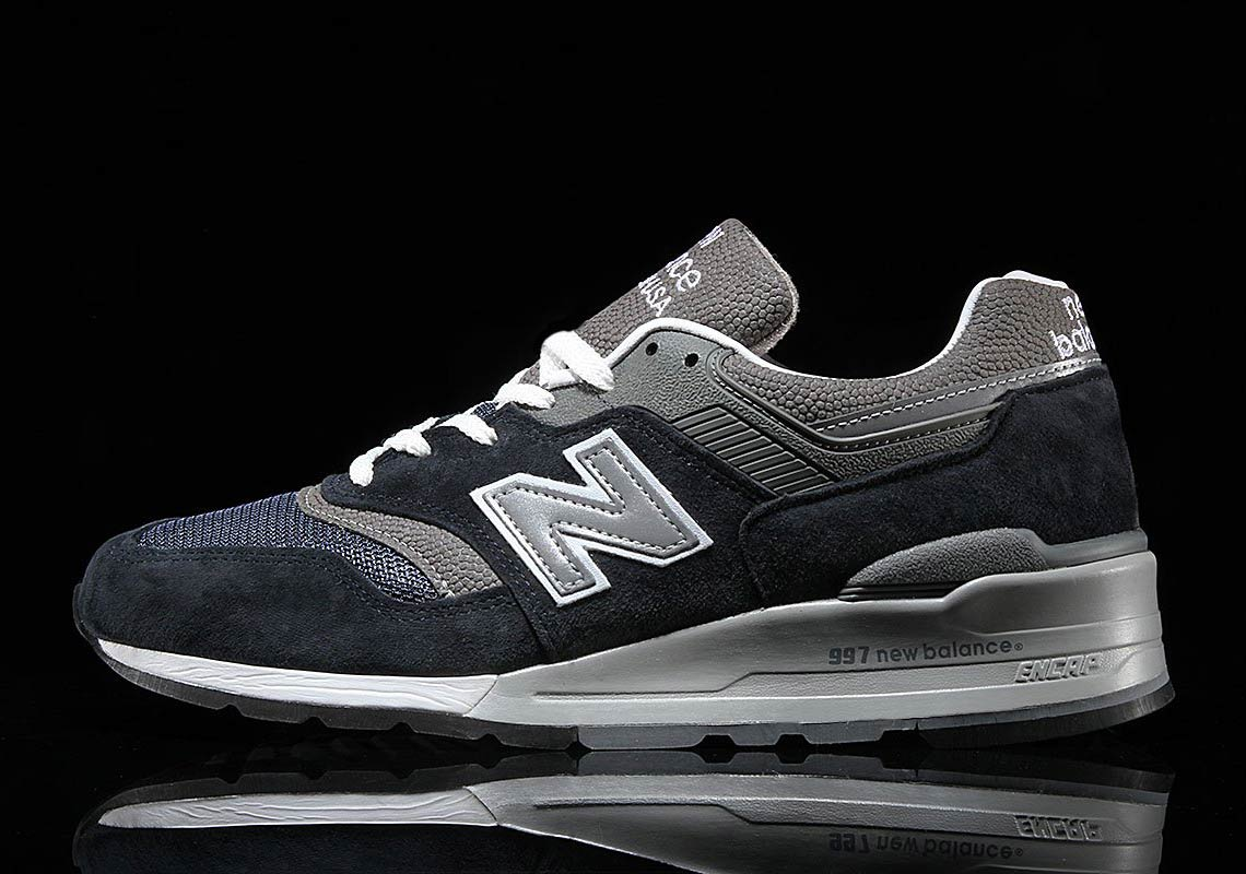 brand new e0545 4030f New Balance 997 Navy + Grey M997NV Buying Guide ...