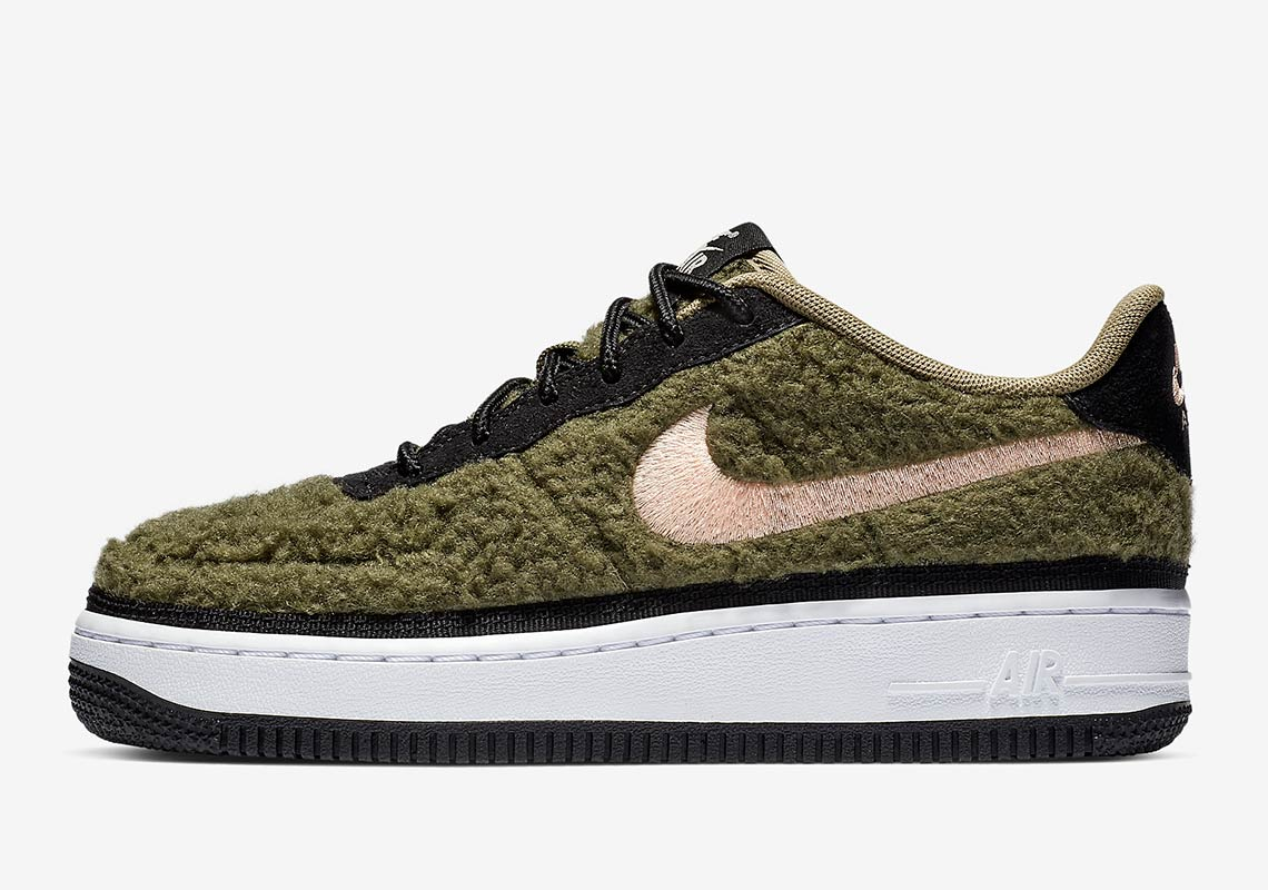 lowest price 99754 37dd7 The Nike Air Force 1 Is Releasing In A Warm Shearling Upper