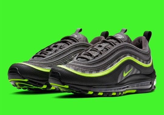 Nike Adds Diagonal Striping To The Air Max 97