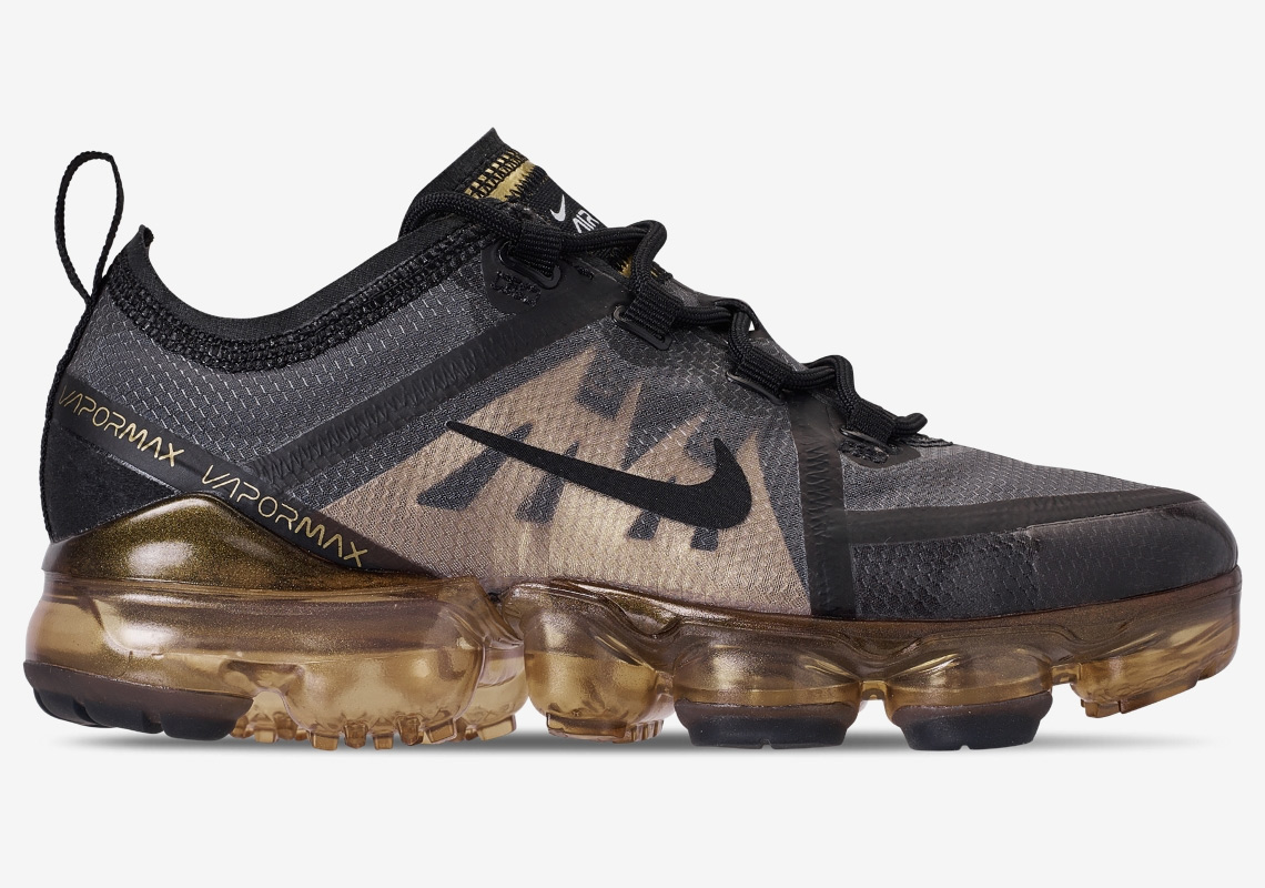 5acab96369 Ring In The New Year With The Nike Vapormax 2019 In Black And Gold