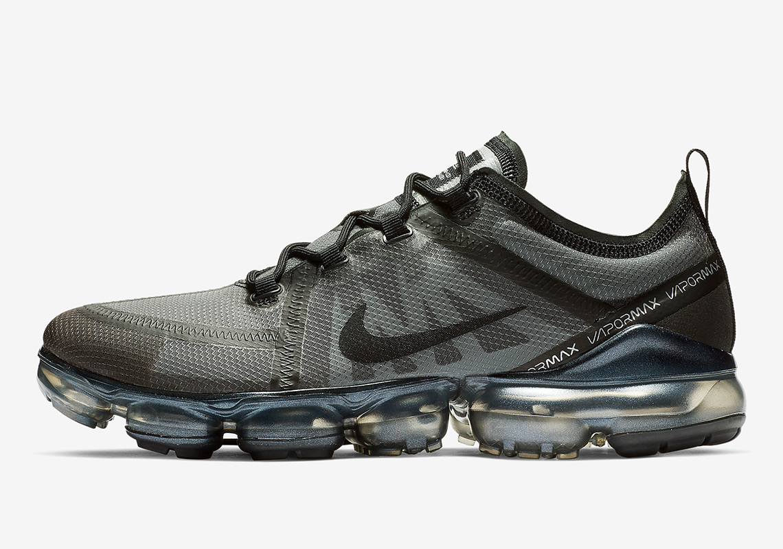f13d32090c00 The Nike Vapormax 2019 Arrives Soon In A Ghost Black