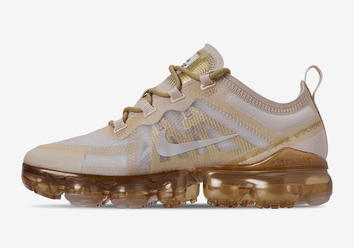 the latest 36d57 85420 Nike Vapormax 2019 Womens Gold AR6632-101 | SneakerNews.com