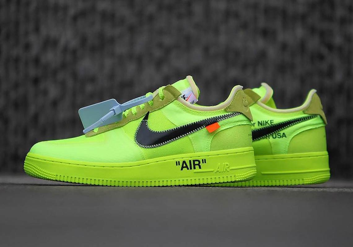 Mercurio Sucio ético  Off White Nike Air Force 1 Low Black + Volt Info | SneakerNews.com