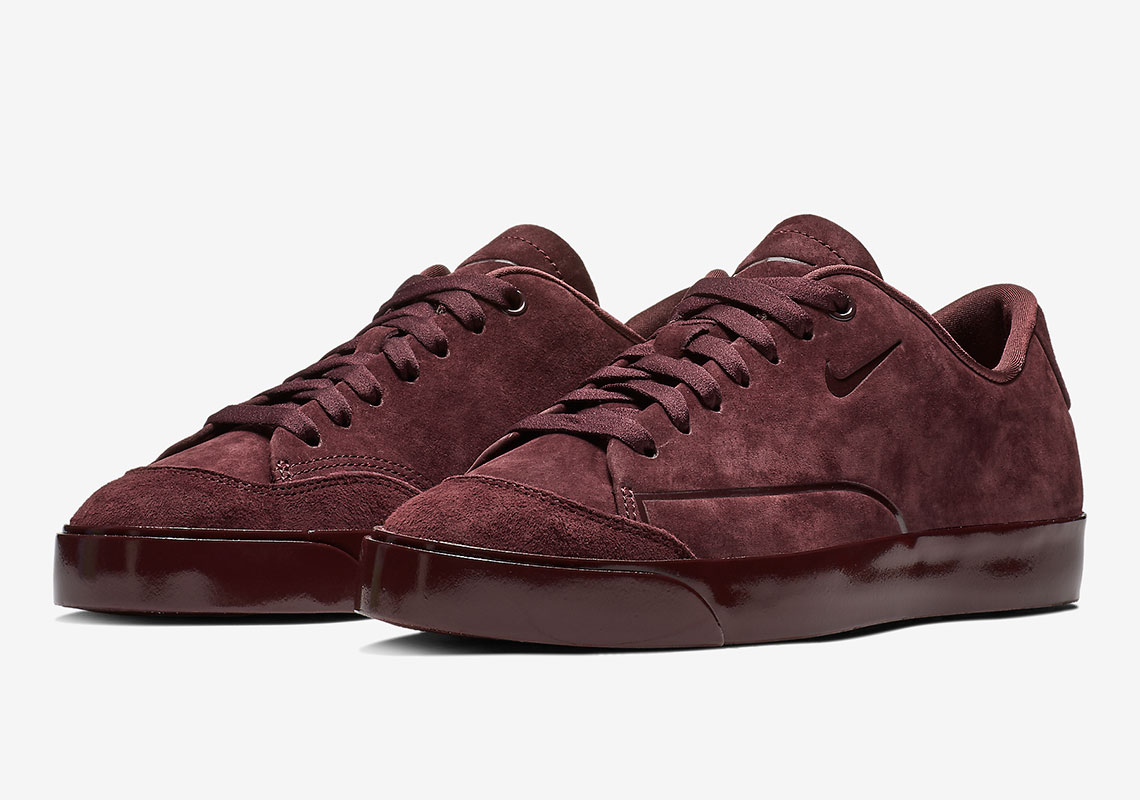 competitive price 30fc7 e21c2 The Nike Blazer City Low For Women Arrives In Burgundy Suede