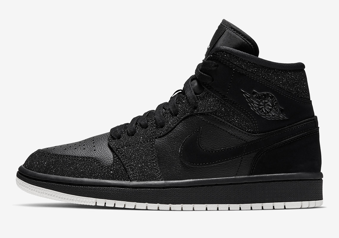 uk availability 3afb0 d7c3d The Air Jordan 1 Mid For Women Arrives In A Glitter Frosted Finish