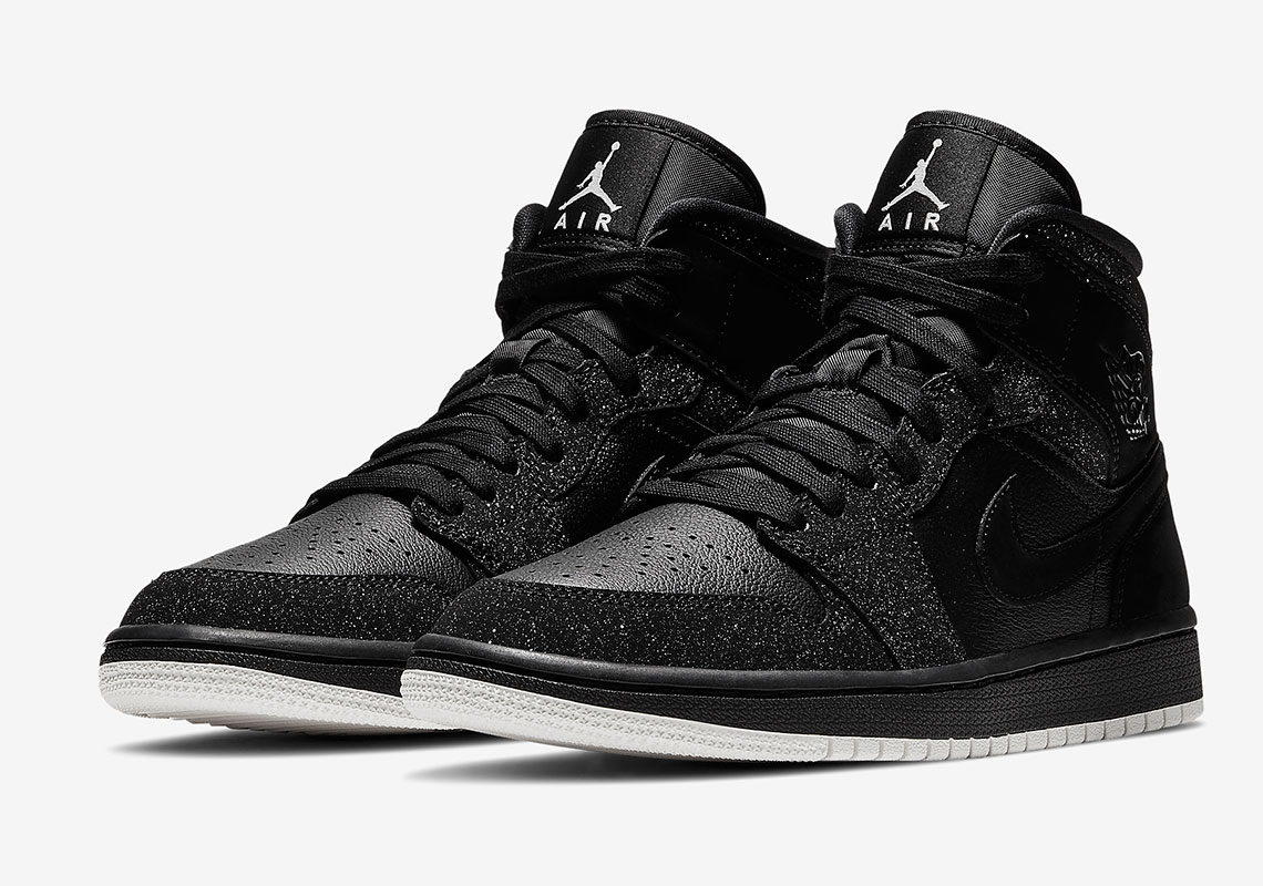 uk availability d609d 91776 The Air Jordan 1 Mid For Women Arrives In A Glitter Frosted Finish