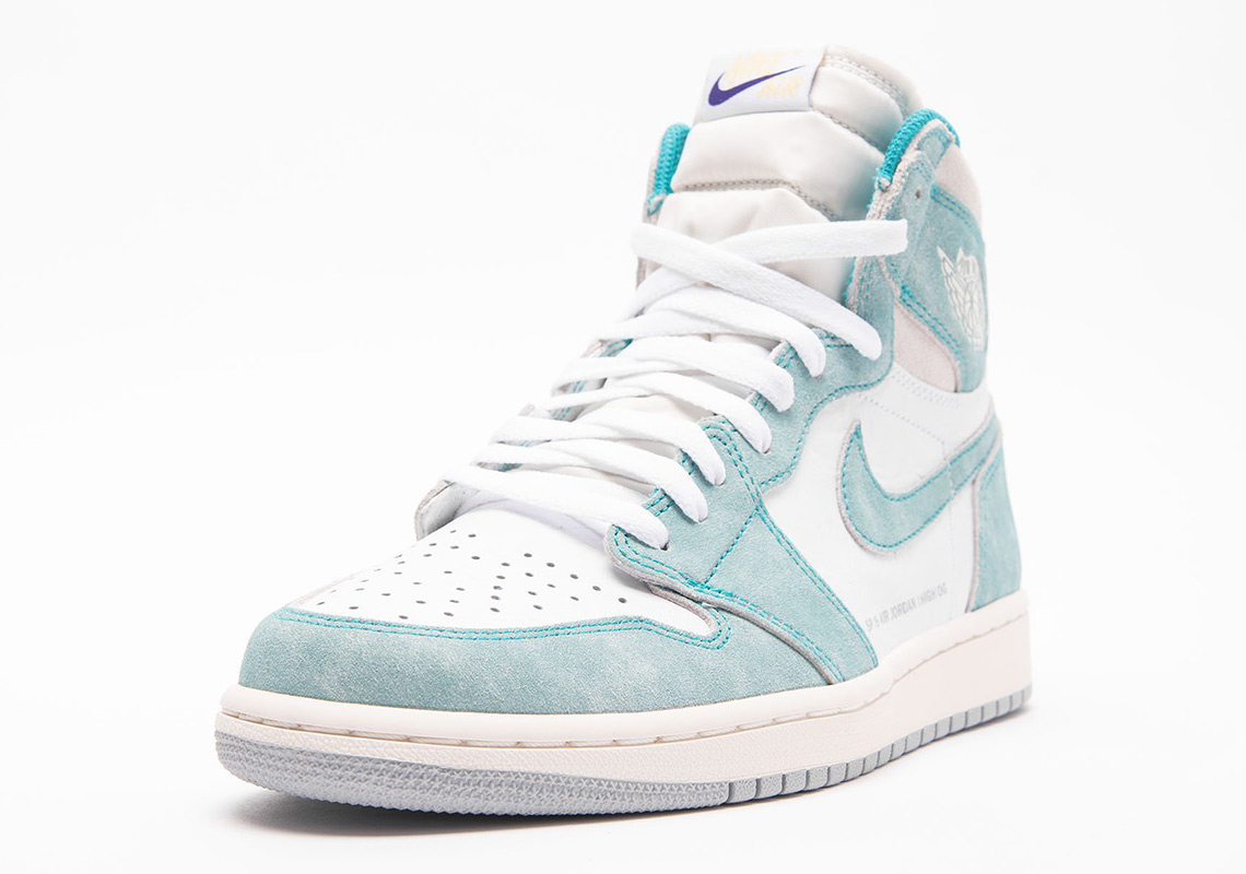1043b3aceac Air Jordan 1 Retro High OG Turbo Green White Sail Light Smoke Grey ...