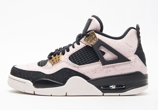 """First Look At The Air Jordan 4 """"Silt Red"""" For Women"""