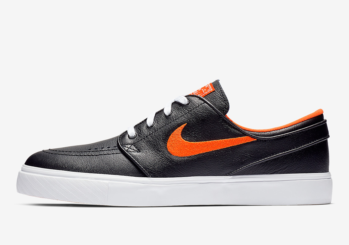 e237f4d15b7 Co-branded NBA x Nike SB insoles complete these two Janoskis that will be  storming into retailers as well as Nike.com alongside the rest of this  collection ...