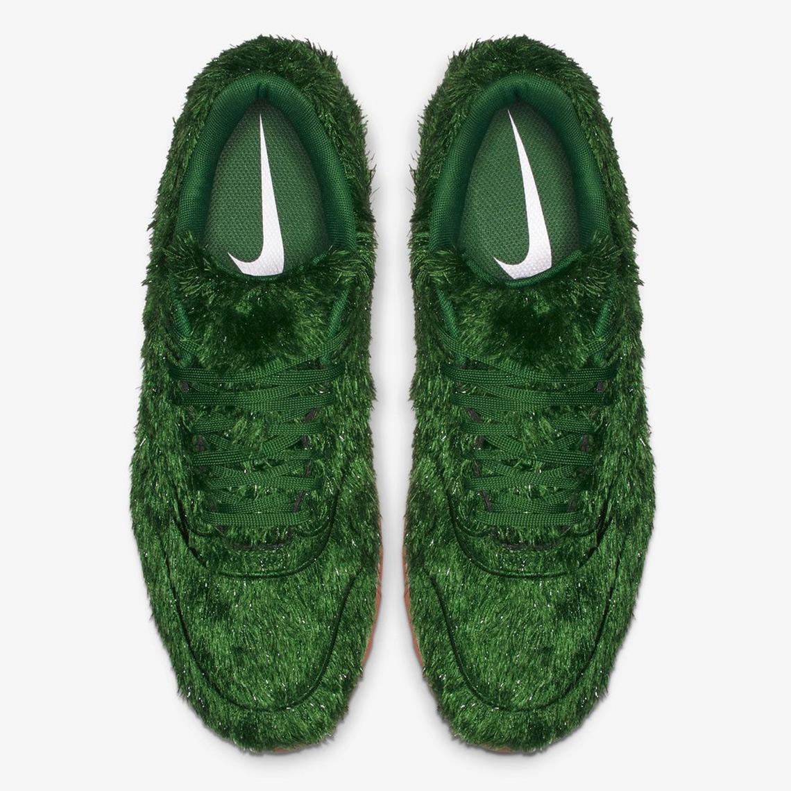 big sale e822d 3881d Nike Air Max 1 Golf Shoe - Where To Buy   SneakerNews.com
