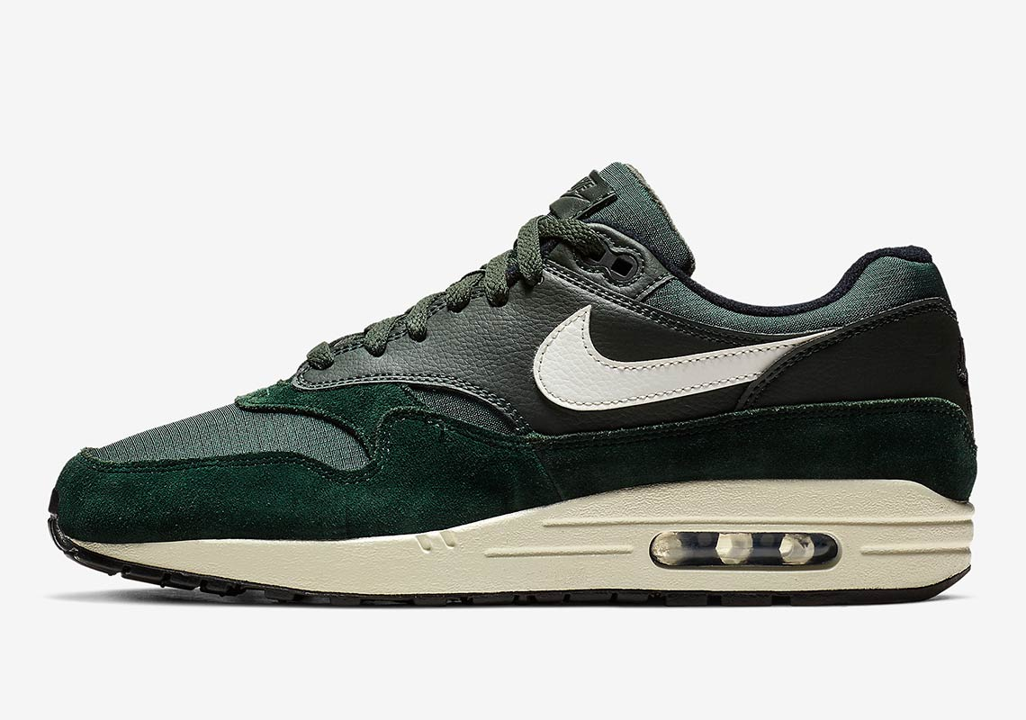 "0eeab87889d565 The Nike Air Max 1 Arrives In An Earthy ""Outdoor Green"""