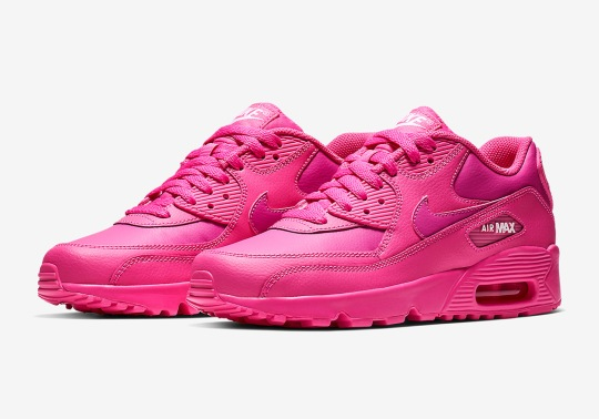 Go Triple Pink With The Nike Air Max 90 Essential