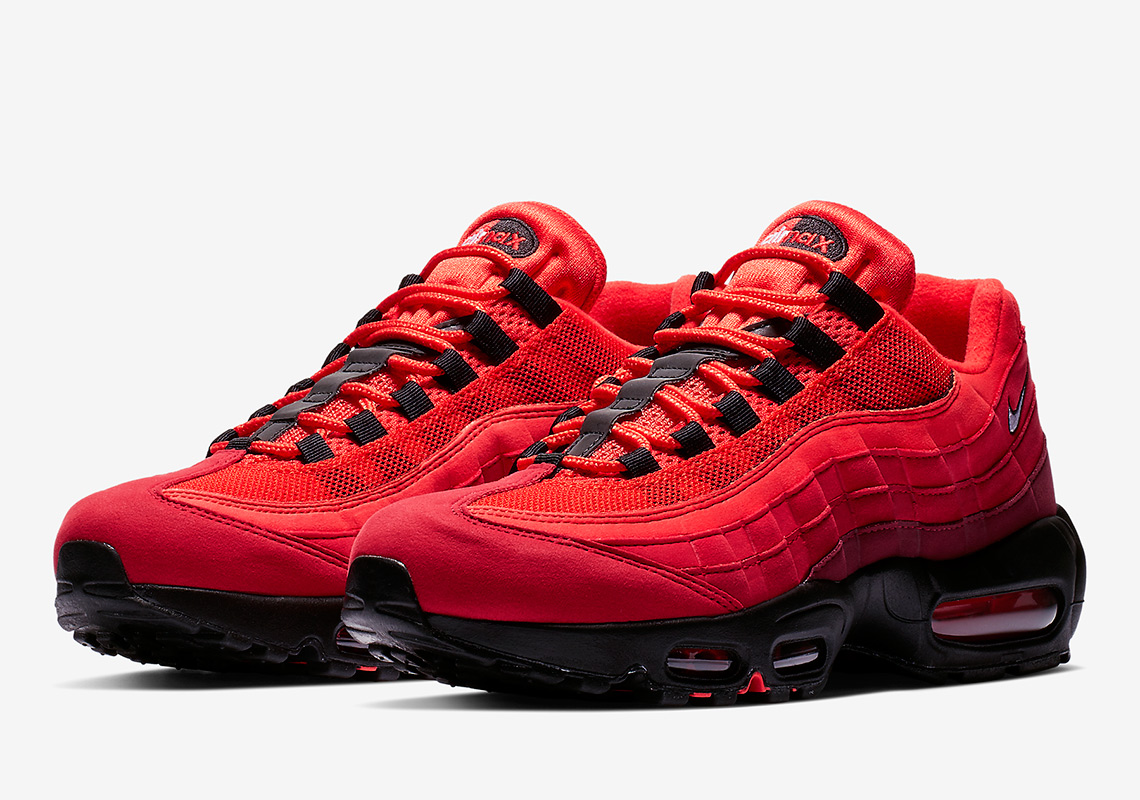 Globo Cancelar películas  Nike Air Max 95 OG Habanero Red AT2865-600 | SneakerNews.com