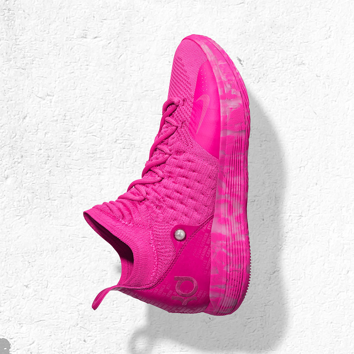 9e752b94e3db Nike s latest Air Max cushioning unit arrives under a basketball-inspired  upper that also acknowledges Charlotte s racing culture