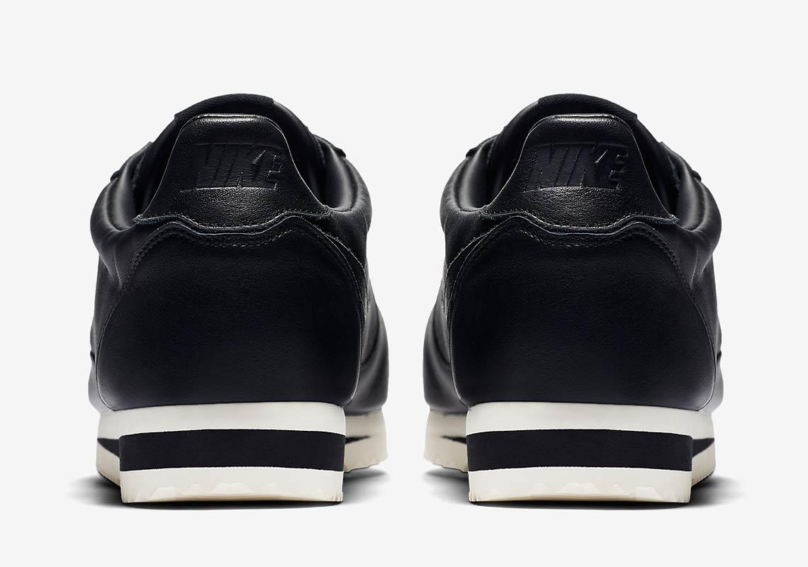 Nike Classic Cortez Premium  100. Color  White Varsity Red Varsity  Royal White 6fe0693b0