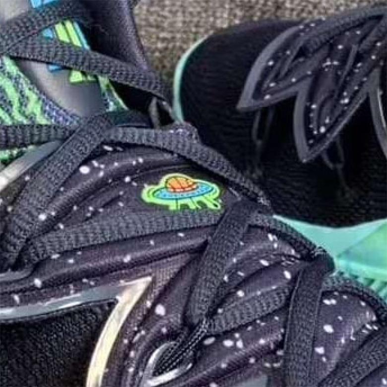 Nike Kyrie 5 UFO Green Black Photos +