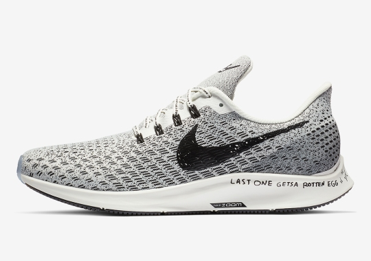 This Nike Pegasus 35 Features A Playful Message On The Sole