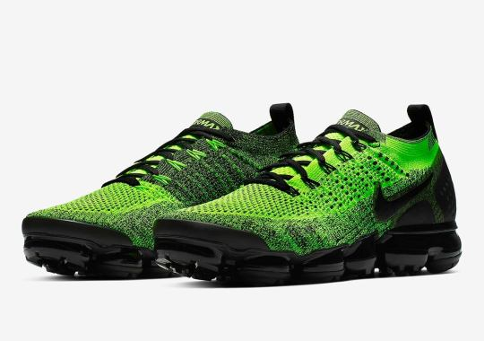 Nike Vapormax Flyknit 2 Gets Dressed in Neon Green And Black