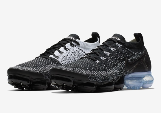 "The Nike Vapormax Flyknit 2 Channels The ""Orca"" Colorway"