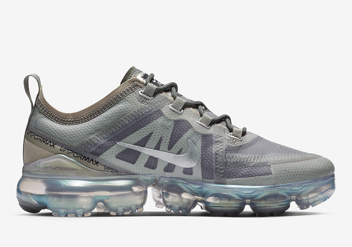 7fe4406e47a Nike Vapormax 2019 AT6817-300 WMNS Release Info