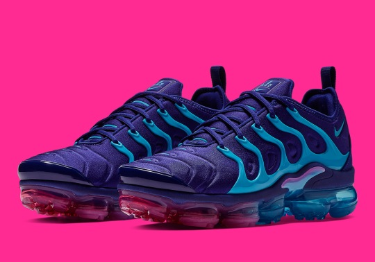 "The Nike Vapormax Plus Grabs ""Sunset"" Vibes"