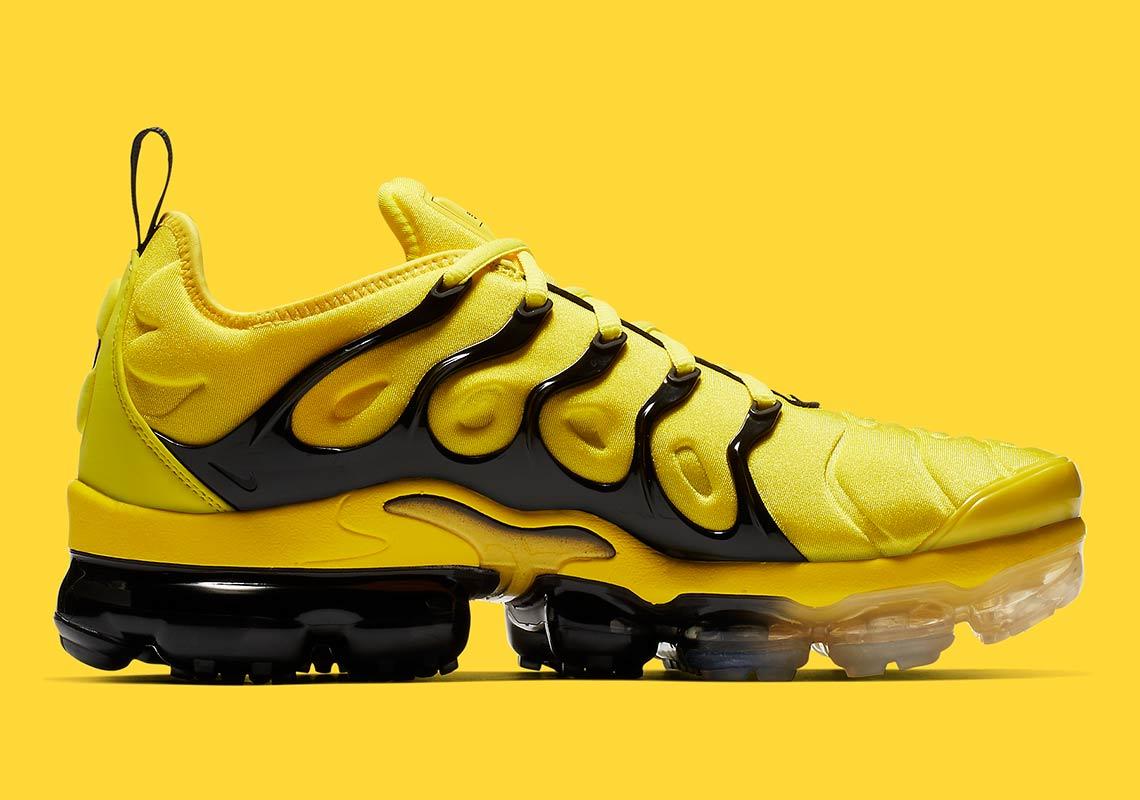 big sale 502ec 3a912 Nike Vapormax Plus Yellow Black BV6079-700 Info ...