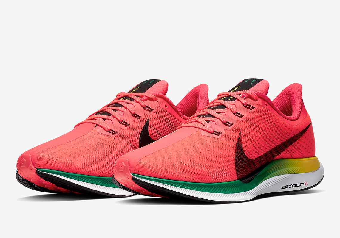 36de90a29e1 Nike Adds Portugal Colors To The Zoom Pegasus 35 Turbo