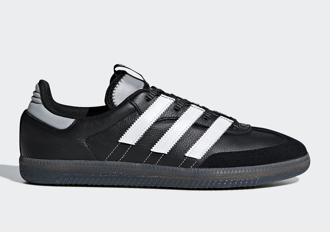 outlet store 88b7f f2424 adidas Samba OG MS Release Date  March 1st, 2019  100. Color  Core Black Cloud  White Silver Metallic