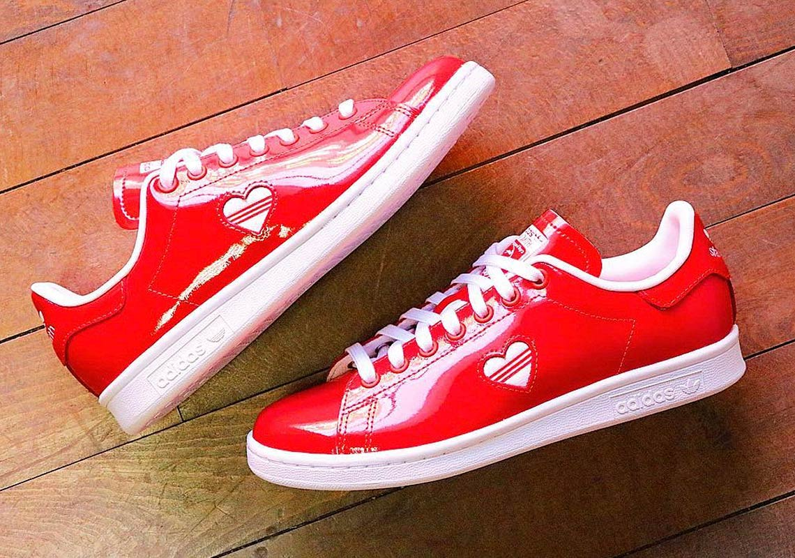 636103ff8df adidas Stan Smith Valentines Day Women s Red Store List ...