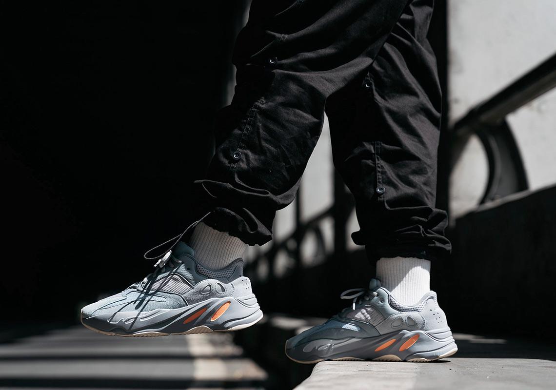premium selection e56f1 2e7c7 adidas Yeezy 700