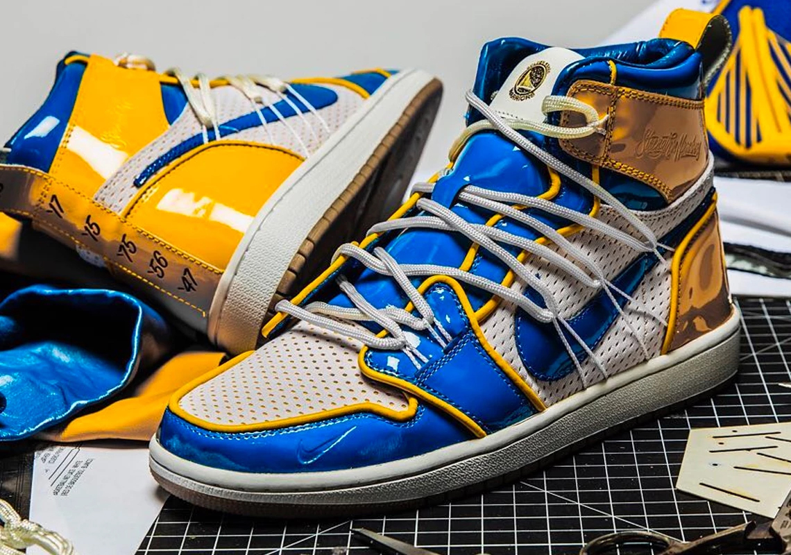 The Golden State Warriors Tease Upcoming Nike Sneaker Announcement