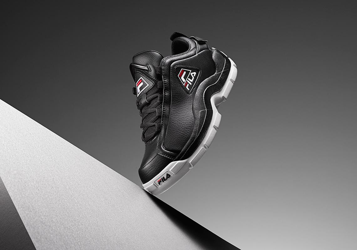 Fila Mens 96 Low Sneaker