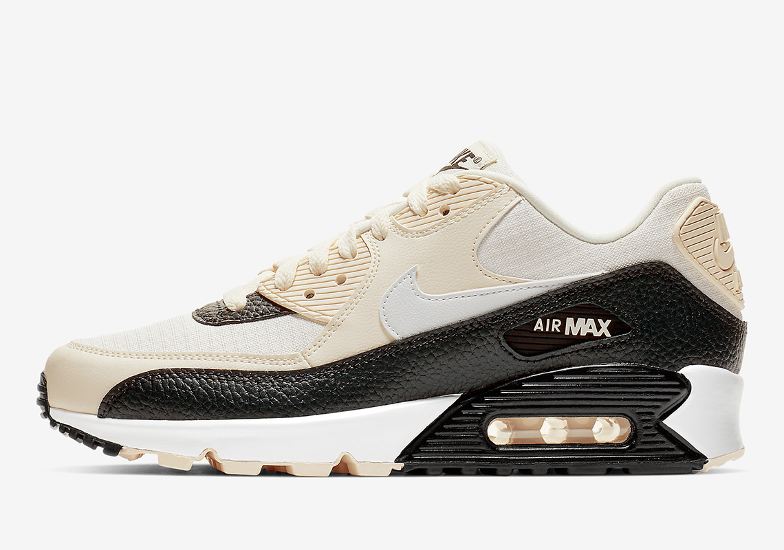 best cheap 9e435 d4db3 Nike Air Max 90 Pale Ivory WMNS 325213-138 | SneakerNews.com
