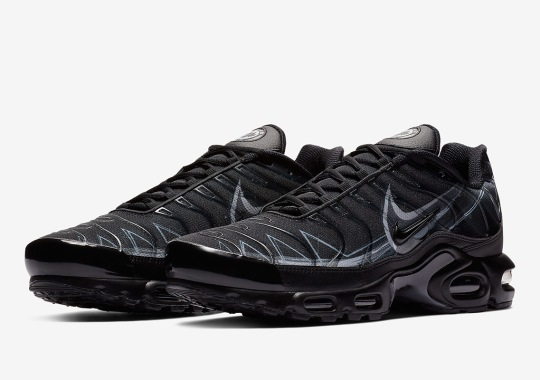 15fe780e53f791 Nike Adds Painted Swoosh Designs To The Air Max Plus