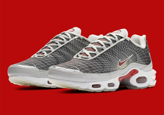 Nike Is Bringing Back More Original Colorways Of The Air Max Plus