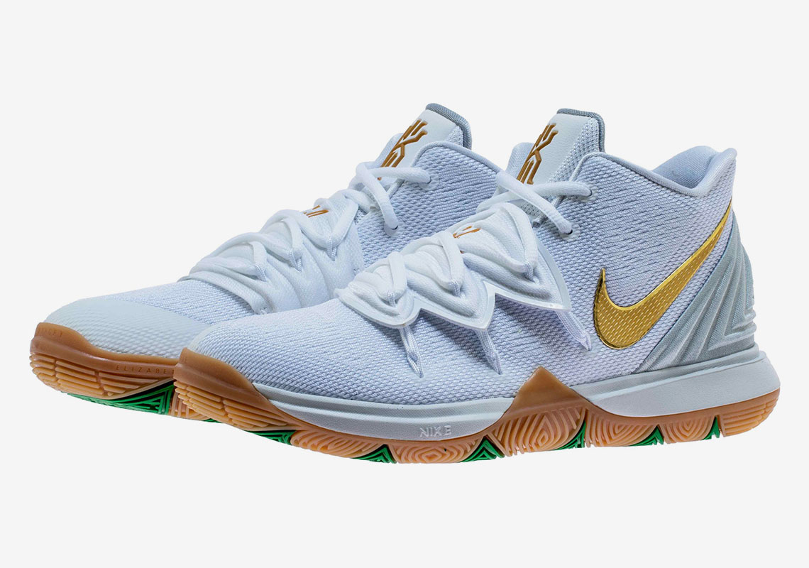 wholesale dealer 55e67 2e6ce The Nike Kyrie 5 Gets A Lucky Irish Colorway Fit For The Celtics