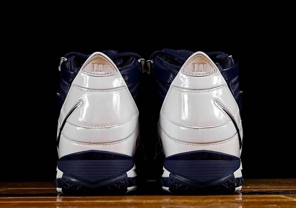 dbc09c8a315 Nike Zoom LeBron 3 Navy OG AO2434-103 Store List