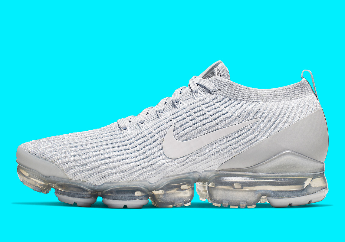 "factory price 95ce6 27788 Detailed Look At The Nike Vapormax 3.0 ""Pure Platinum"""