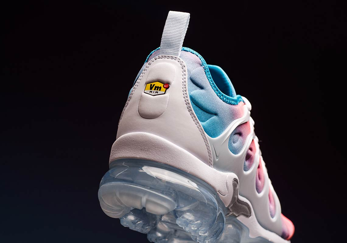 huge discount 8131c 417af Nike Vapormax Plus Women's Red Blue White CI5862-600 ...