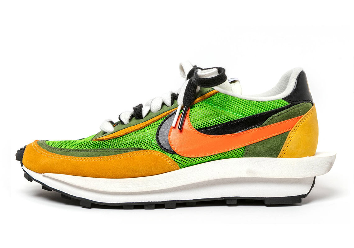 sacai Nike LDV Waffle BV0073 300 400