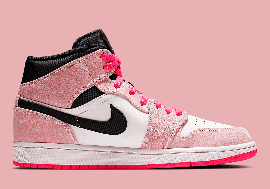 606b7b3178495e Color  Crimson Tint Hyper Pink Style Code  852542-801. Where to Buy. NikeAvailable.  Advertisement