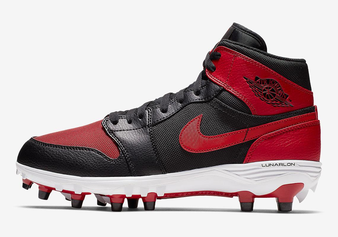 Air Jordan 1 Football Cleats Release
