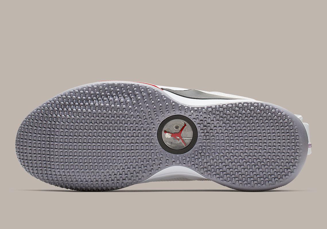 751bd5709f648e Jordan 33 Low Cement CD9560 106 Release Info