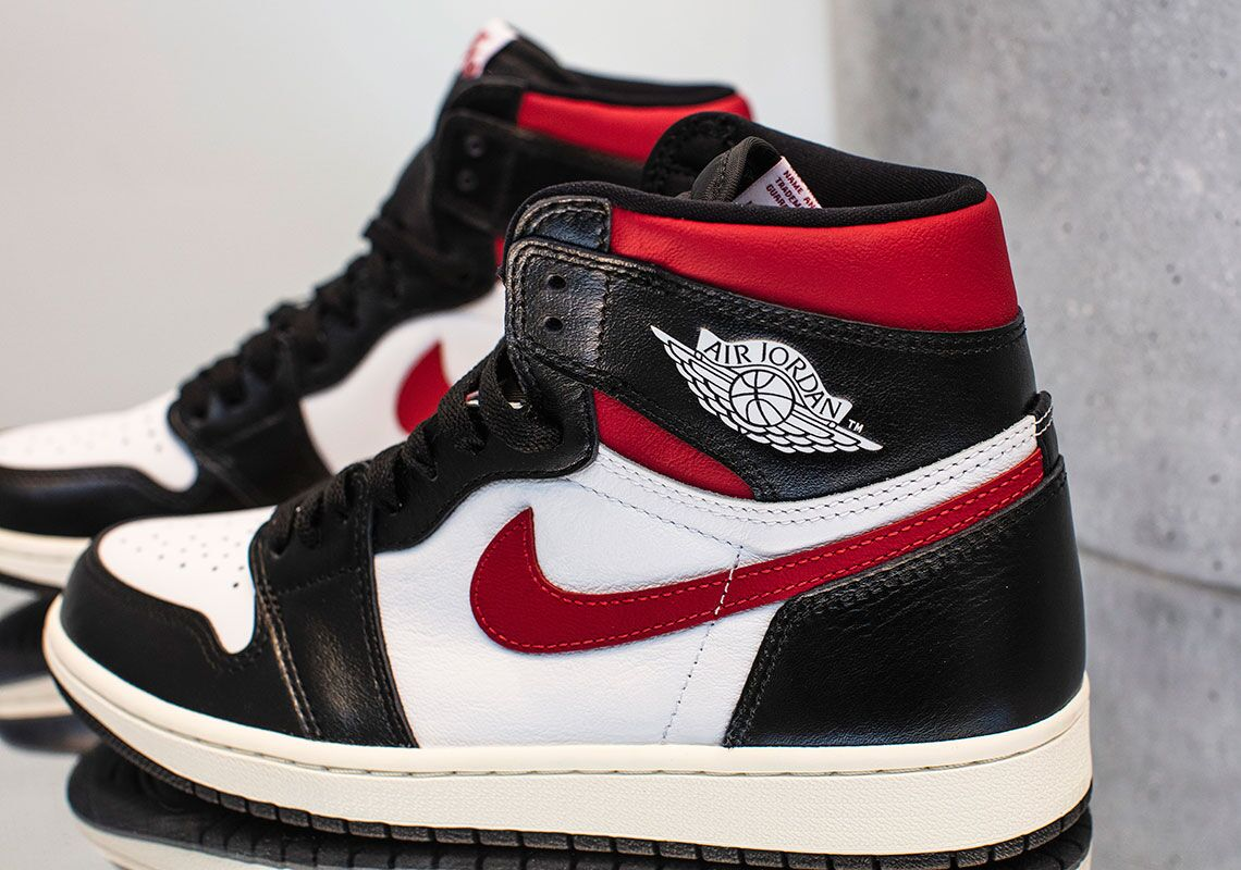 free shipping 6aac0 8eca4 Air Jordan 1 Retro High OG Black Red Release Date   SneakerNews.com