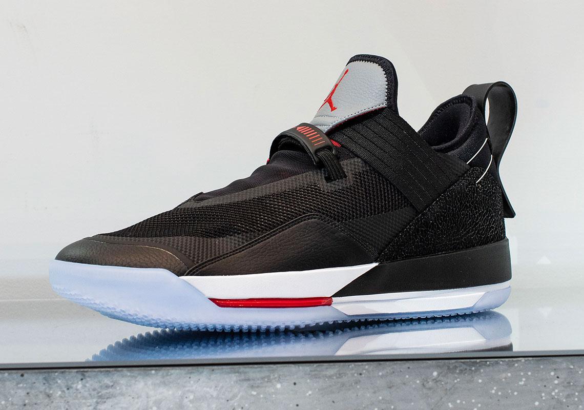 Air Jordan 33 Appears In Low Top Version: Details