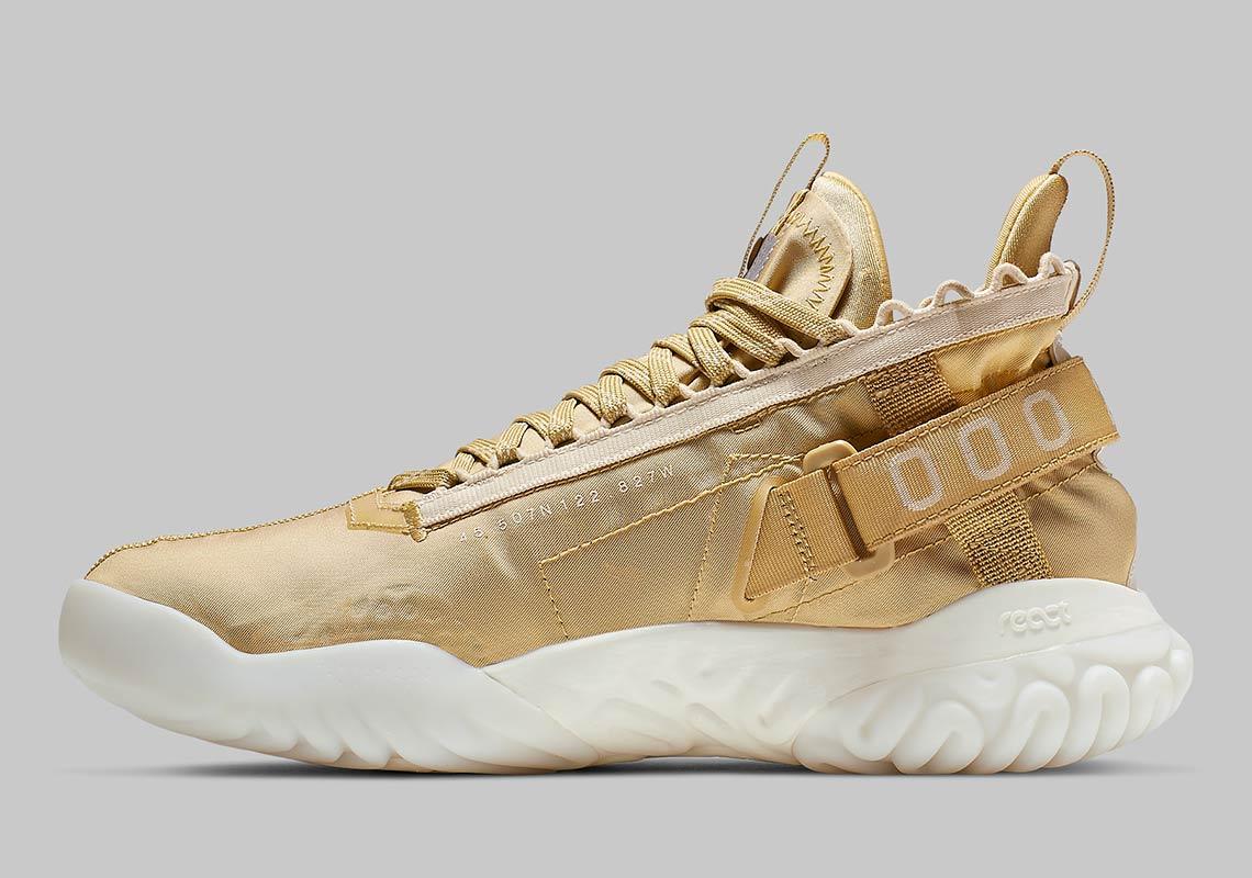 76722fad8d0b5c Jordan Proto React Gold BV1654-200 Release Info