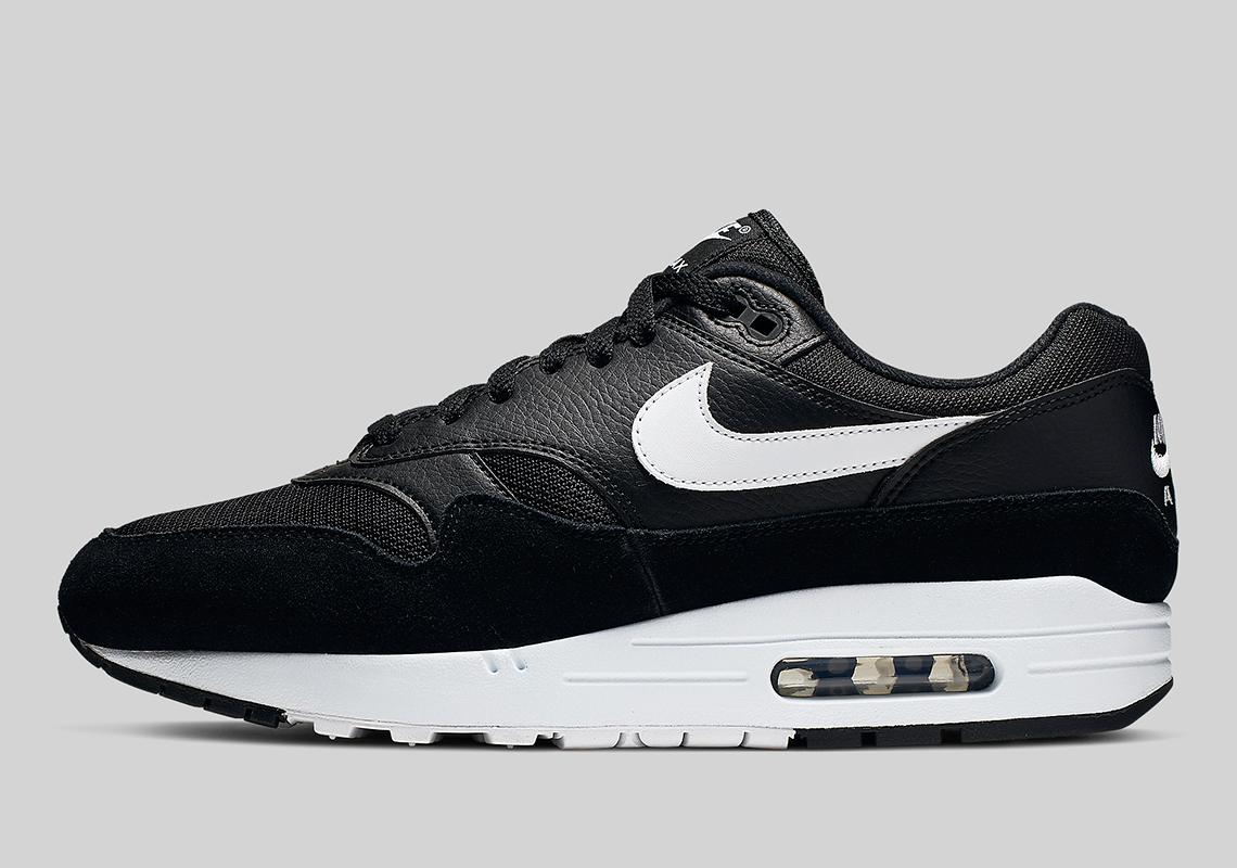 Nike Air Max 1 Black White AH8145-014 Store List