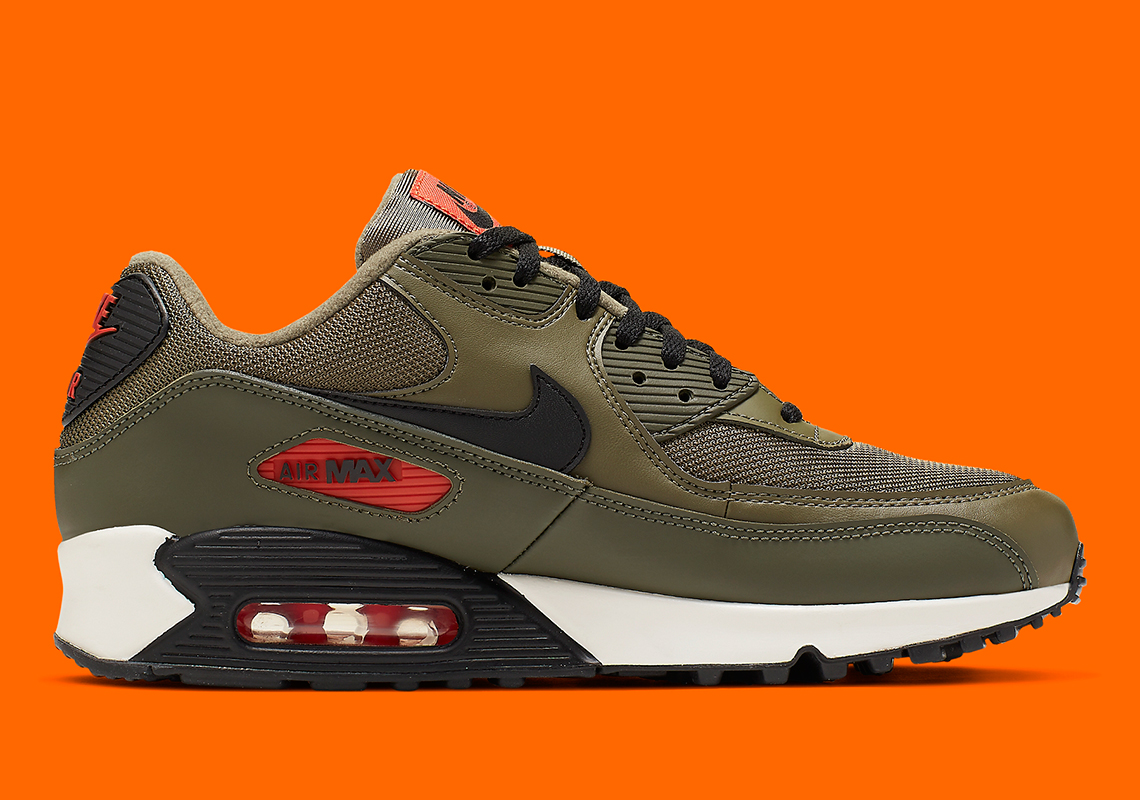 Nike Air Max 90 Undefeated AJ1285 205 Release Info
